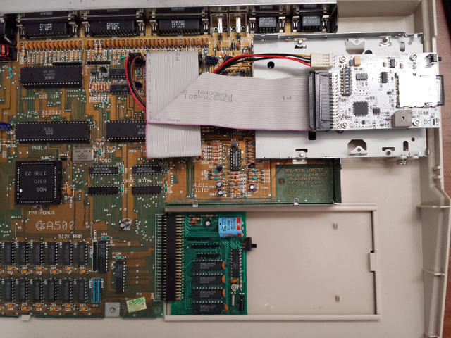 Slim HxC Installed in a Amiga 500 - HxC Floppy Drive Emulator